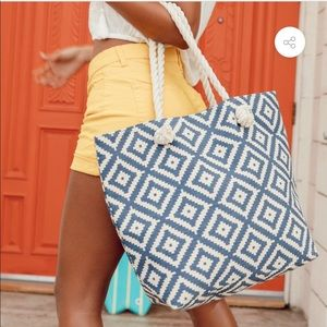 Summer & Rose Tote NWT